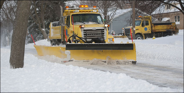 Parts of I-94 reopen, still considered impassable – The
