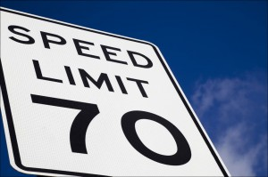 Committee votes unanimously not to override Walker veto for speed limit signs