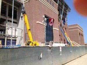 Texas-AM-Kyle-Field-Alabama-flag-construction