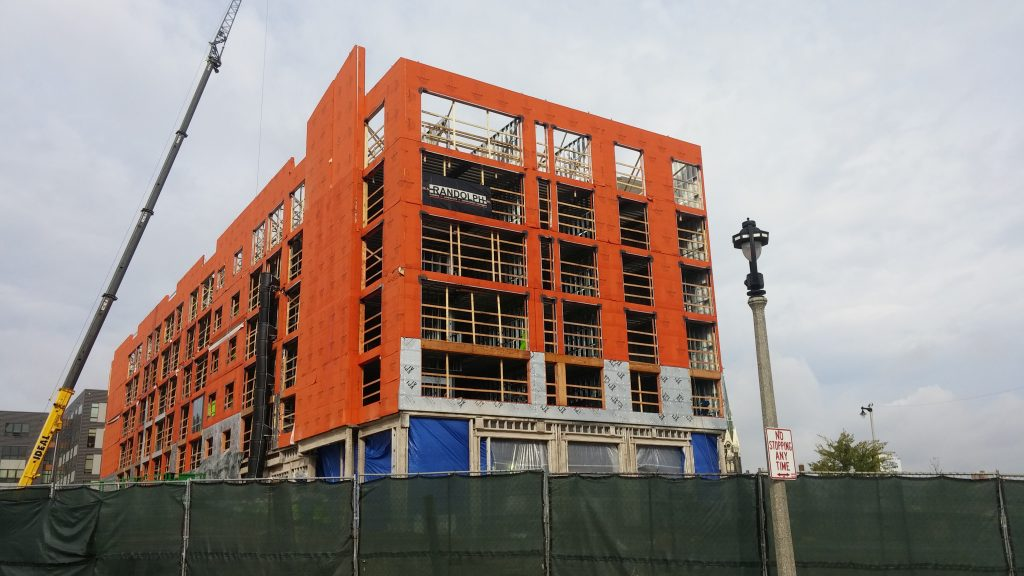 A new Hyatt hotel is going up at 800 W. Juneau Ave. in Milwaukee, just a block west of the new Bucks arena. The project team used a topping-off ceremony on Thursday to celebrate reaching the project's approximate half-way point. Janko Group, of Deerfield, Ill., is the project's developer and William A. Randolph Inc., of Gurney, Ill., is overseeing the construction work.